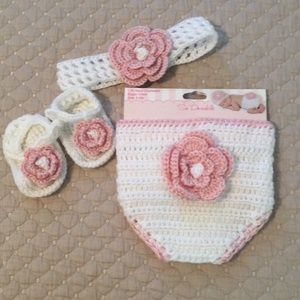 So Dorable Diaper Cover, Sandals and Headband